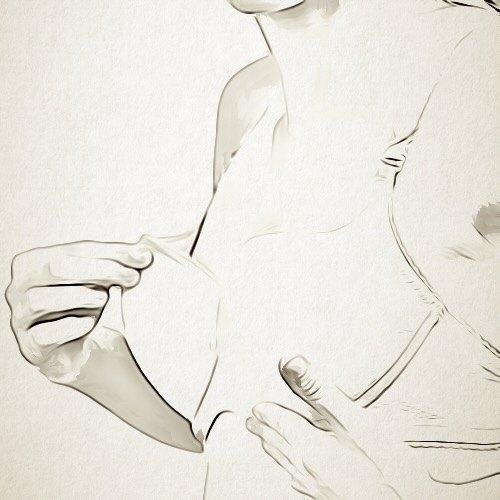 ما هي سلبيات عملية تكبير الثدي؟